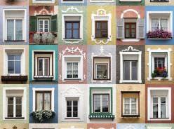 Infissi privati e decoro architettonico